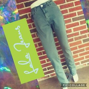 🔷🔹Lola Jeans High Rise Straight Jeans🔹🔷